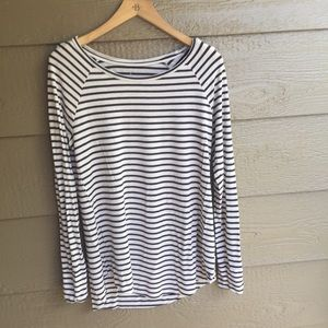 AEO soft n sexy striped Jegging tee shirt
